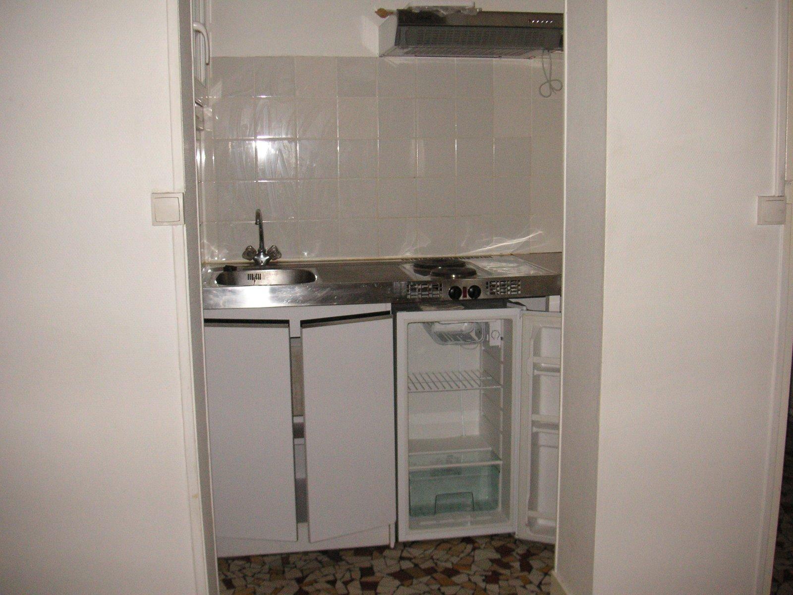 Location a louer t1 rue d 39 ornano for Appartement bordeaux ornano